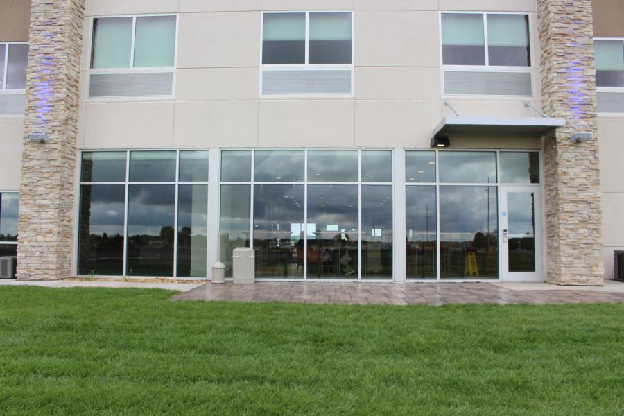 Geels Glass Inc Aluminum Storefront Entrances Service